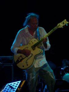 Neil Young en concierto. Fotos de Carlos Pérez Báez