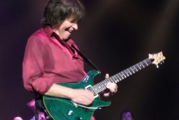 John Fogerty durante su actuación en Madrid el 13 de Julio de 2009.