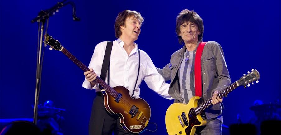 Ronnie Wood y Paul McCartney en el O2 London