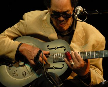 Louisiana Red, otro magnífico Bluesman que se nos va