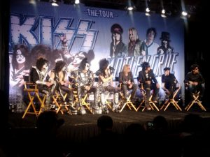 "Kiss y Mötley Crüe presentando ""The Tour"" 2012"