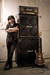 Lemmy (Motorhead o The Head Cat) y Marshall