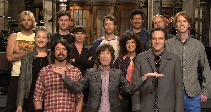 Mick Jagger en el Saturday Night Live con Foo Fighters, Jeff Beck, Arcade Fire y despedida de Kristen Wiig, 2012