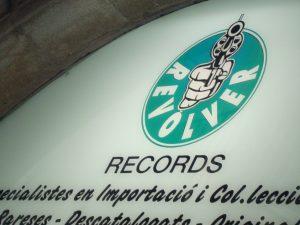 Revolver Records en Barcelona con su mini concierto de Wilco