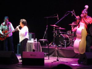 Wanda Jackson y Jukebox Racket en Tenerife 8 de julio 2012