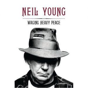 """Neil Young nuevo libro """"Waging Heavy Peace"""" para el próximo 25 de septiembre de 2012"""