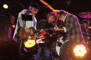 Neil Young & Crazy Horse Walked like a Giant en el Global Citizen Concert 2012 en Nueva York