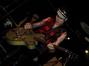 Nick Curran ha muerto a causa del maldito cáncer hoy 6 de octubre de 2012