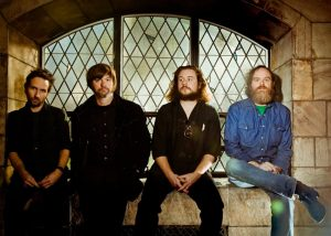 New Multitudes Jay Farrar, Yim James, Jim James, Will Johnson de Centro-Matic y Anders Parker de Varnaline