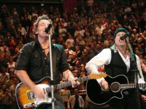 Elliott Murphy Gira española 2013 con Olivier Durand en la foto con Bruce Springsteen