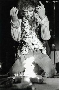 Jimi Hendrix, Foto de la secuencia de Ed Caraeff en el Festival de Monterrey, 1967