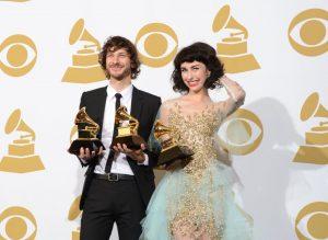 Gotye y Kimbra en los premios Grammy 2013