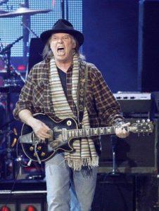 Neil Young & Crazy Horse en Musicares de Bruce Springsteen