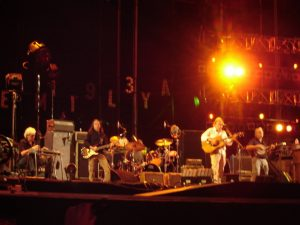 Ben Keith con Neil Young en Rock in Rio 2008