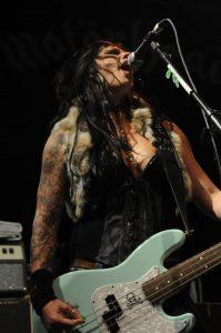 Karen Cuda de Nashville Pussy deja la banda