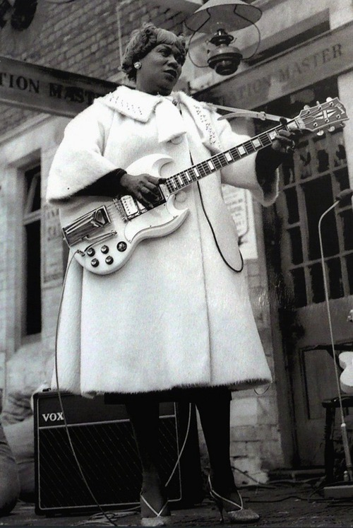 Sister Rosetta Tharpe, 98 años de Gospel y Blues, la madrina Rock & Roll