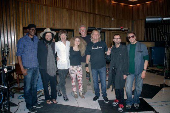 Joe Walsh graba nuevo disco con Mick Jagger, Dr. John, Bill Withers, Jim Keltner, Lonnie Jordan, Ringo Starr, Don Was, Keb' Mo', Robert Randolph, Mike Finnigan o la bajista de Jeff Beck, Tal Wilkenfield.