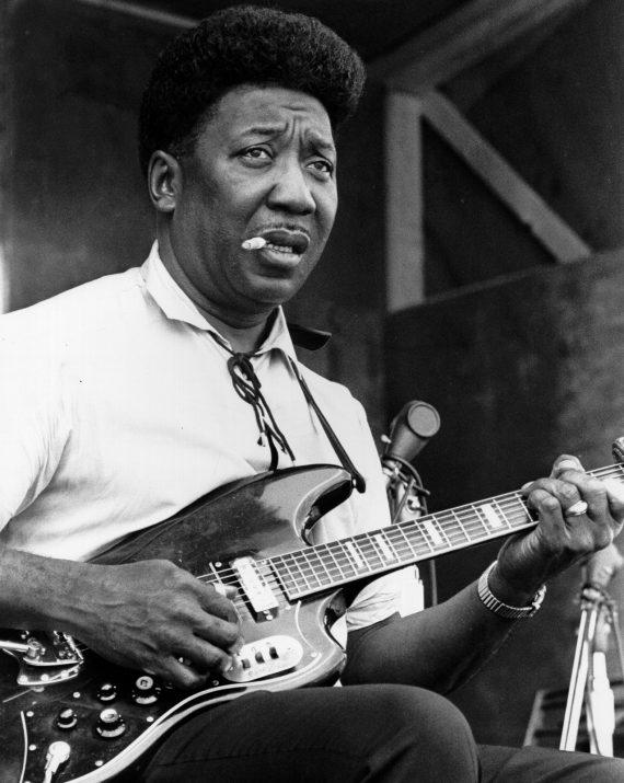 Muddy Waters, 98 años de electricidad y Blues primitivo en Stovall
