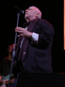 "Eric Burdon en Madrid Teatro Lara presentando ""Til your River Runs Dry"""
