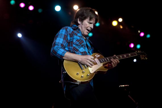 "John Fogerty ""The Old Man Down The Road"", 68 años de Swamp. ""Wrote A Song For Everyone"", nuevo disco"