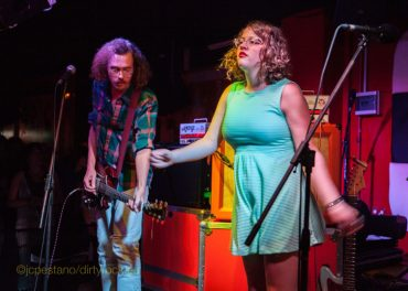 Sallie Ford & The Sound Outside Untamed Beast en Valencia