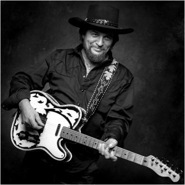 Waylon Jennings 76 años del Ramblin' Man del Country 2013