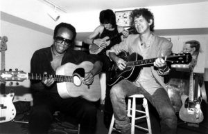 Bobby Womack, Ronnie Wood y Keith Richards It's All Over Now