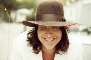 """Jonny Kaplan """"Sparkle & Shine"""" nuevo disco el 8 de octubre. Foto de Piper Ferguson"""