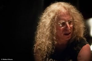 "Waddy Wachtel ""King of the Sidemen"", documental sobre el X-Pensive Wino"