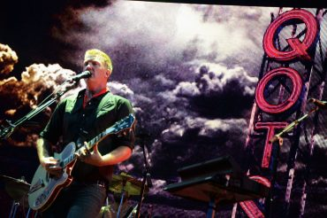 """Queens of the Stone Age """"…Like Cologne"""", nuevo EP"""
