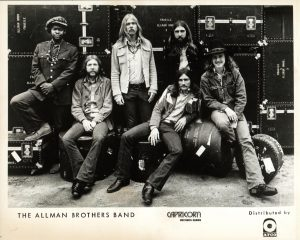 Dickey Betts cumple 70 años, en la foto con Allman Brothers
