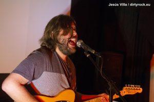 Javier Krawietz ofreció en vivo un setlist inédito en el salón de la Asociación Cultural Equipo PARA