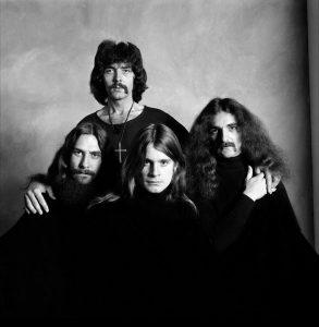 Ozzy Osbourne junto a Black Sabbath cumple hoy 65 años