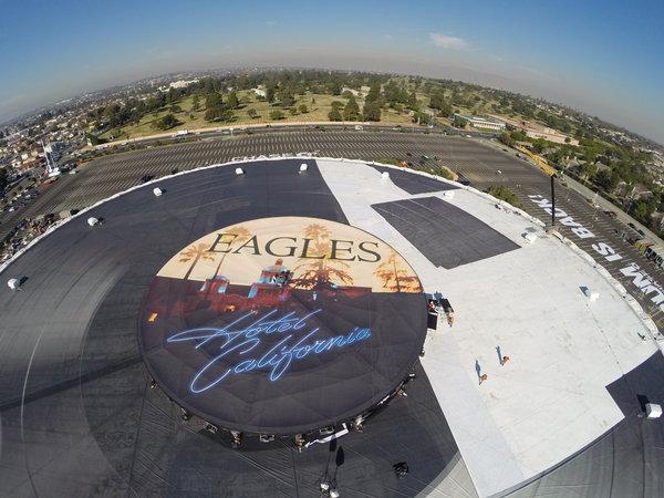 """""""Hotel California"""" de Eagles el vinilo más grande del mundo"""