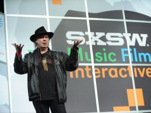 """Neil Young confirma nuevo disco """"A Letter Home"""" y nuevo libro """"Special Deluxe"""""""