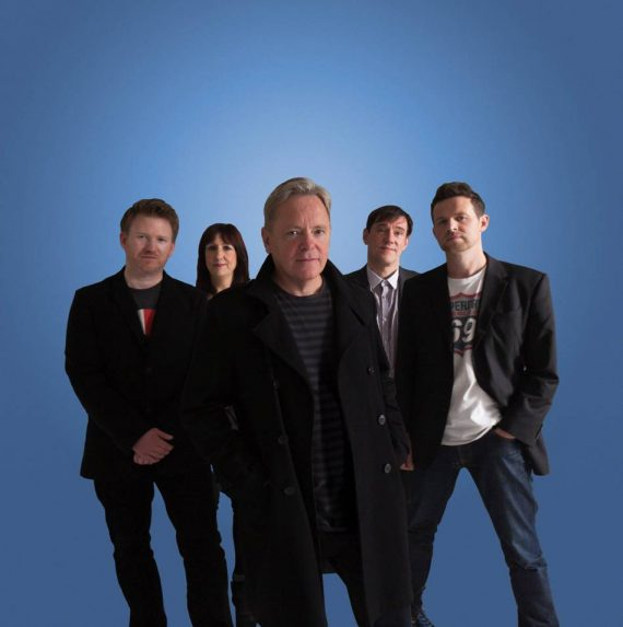 """New Order presentan una canción inédita, """"Drop the Guitar"""""""