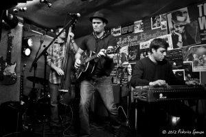 Gordie Tentrees y Hill Country News Entrevista y gira española