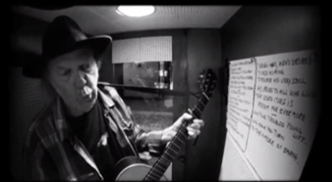 """""""Needle Of Death"""", nuevo vídeo de Neil Young"""