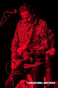 Marc Ford en pleno concierto, Valencia 2014
