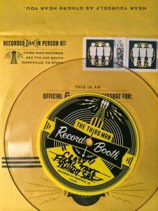 """Neil Young graba """"Crazy"""" en tiempo record en un programa de televisión para Jack White"""