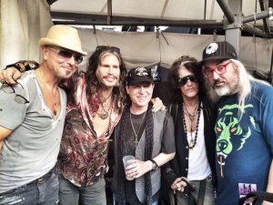 Componentes de Aerosmith y Scorpions en el concierto de los Stones en Berlín