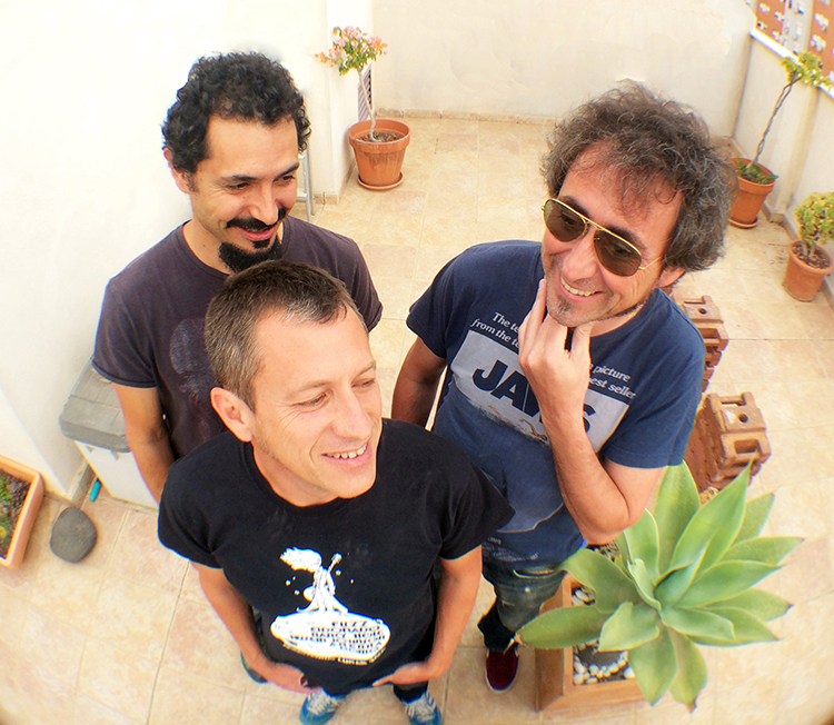 Entrevista a Bluenáticos que estarán en la próxima edición del Akea Rock Festival 2014