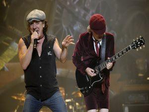 """""""Mad Down"""" podría ser el título del nuevo disco de AC/DC que ya han terminado. Brian Johnson Doctor Honoris Causa"""