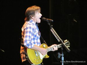 John Fogerty músicos en la naturaleza 2014