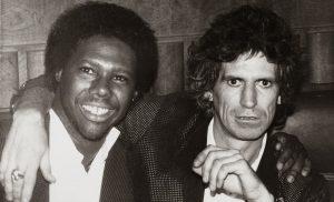 """Nile Rodgers """"Do What You Wanna Do"""" primera canción del cantante en diez años. En la foto junto a Keith Richards"""