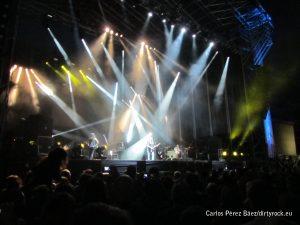 Rosendo concluye su actuación en músicos en la naturaleza