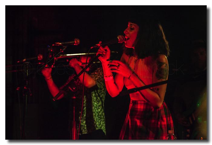 Jessica Hernández en concierto