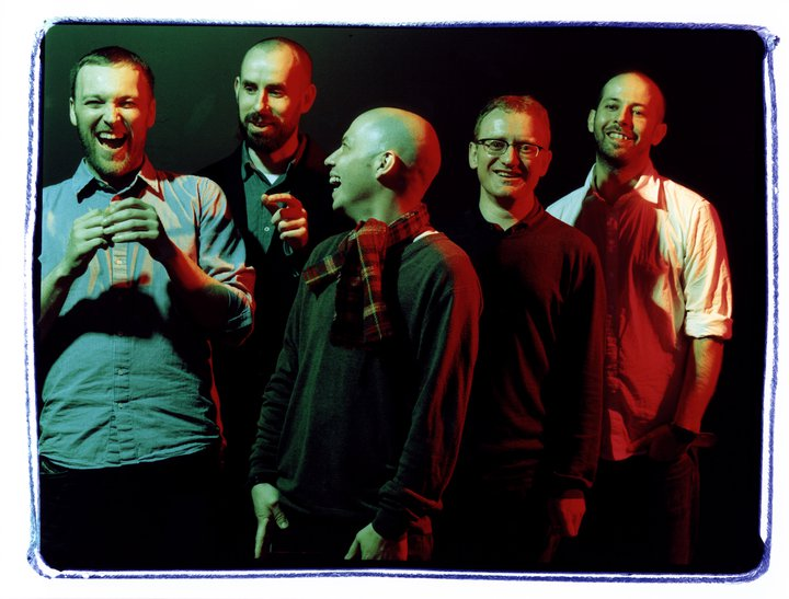 Mogwai publica Teenage Excorcists, nuevo disco y EP titulado Music Industry 3. Fitness Industry 1