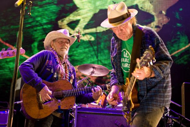 Neil Young y su actuación en el Farm Aid 2014