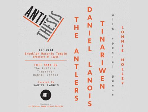 Tinariwen trabajan con el productor Daniel Lanois